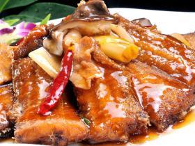 福建厦门冷冻速食料理包 红烧带鱼 盖浇饭方便菜肴